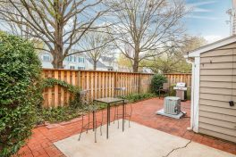 Enclosed Back Patio in Dilworth/Selwyn Farms Condo