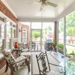 Screen Porch - Home in the heart of Myers Park!